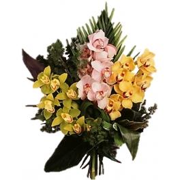 http://fleursetdesign.com/boutique/122-thickbox_choco/bouquet-d-orchidees-livraison-fleurs-exotiques-orchidee-cymbidium-bouguenais.jpg