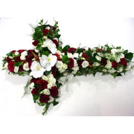 http://fleursetdesign.com/boutique/162-thickbox_choco/croix-deuil-fleurs-bouguenais-livraison-composition.jpg