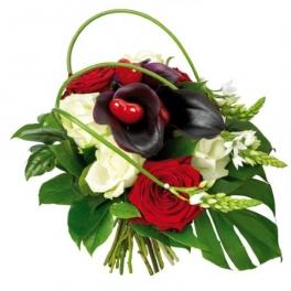 http://fleursetdesign.com/boutique/187-thickbox_choco/bouquet-fleurs-saint-valentin-rose-rouge-blanche-livraison-nantes-bouguenais-original.jpg