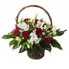 http://fleursetdesign.com/boutique/223-thickbox_choco/composition-bouquet-fleurs-original-fete-des-meres-livraison-bouguenais-nantes-orchidee-fleurs-exotiques.jpg
